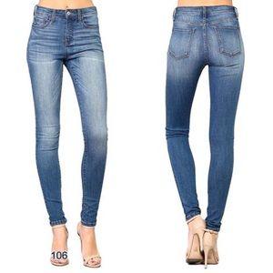 NWT Vervet by Flying Monkey Terroni Skinny Jeans